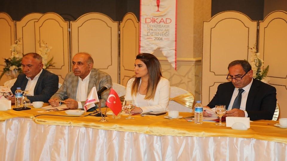 """DİKAD-SODES İşbirliğiyle """"Kadın Hakları Savunuculuğunda Yeni Yönelimler"""" Konulu Çalıştay Düzenlendi"""
