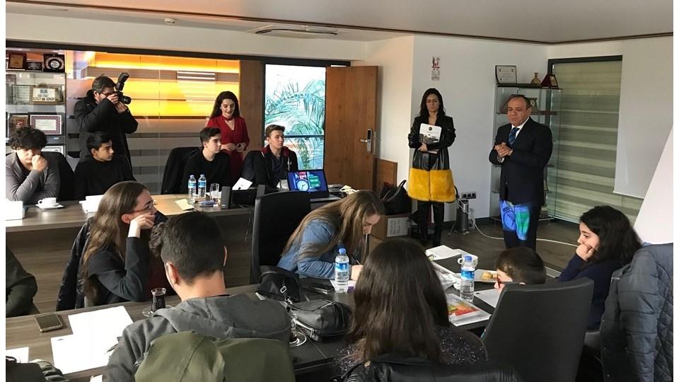 İZMİR STEM Anadolu Eğitimleri ile Liseli Gençler Girişimcilikle Tanıştı