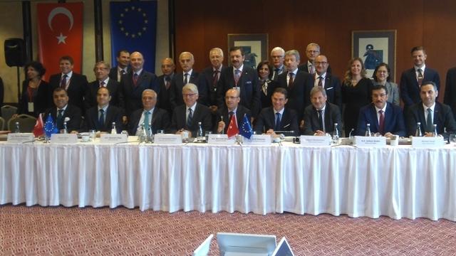 """TÜRKONFED Başkanı Kadooğlu: """"Türkiye'nin Yönü AB'dir. AB'nin Yönü de Türkiye Olmalıdır"""