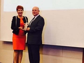 TÜRKONFED Yılın Sivil Toplum Örgütü Ödülünü Aldı  22 Kasım 2017-İstanbul